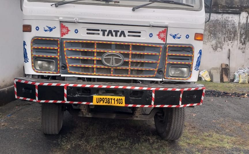 TATA 2518 Tipper